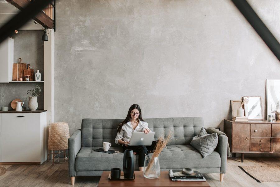 Psychoterapia DDA online – czyli o tym, jak wygląda terapia w wirtualnym gabinecie