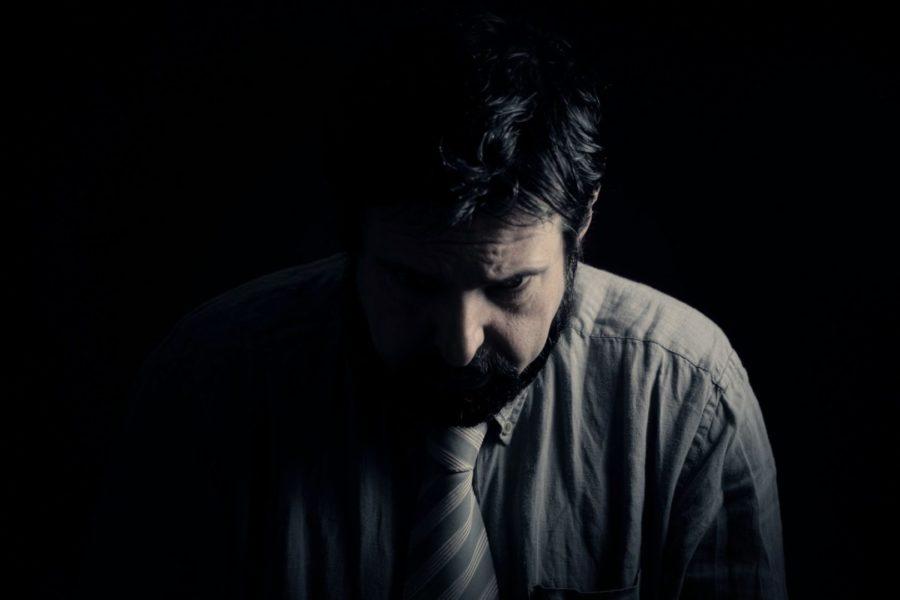 Depresja, czy uzależnienie? Co występuje jako pierwsze?